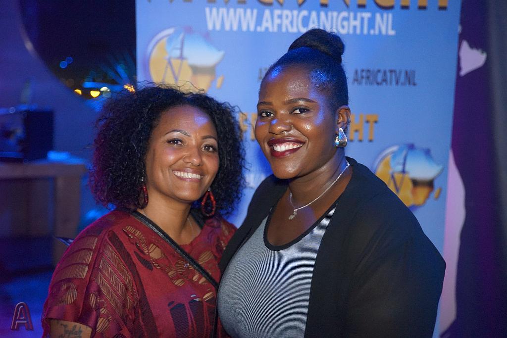 Africa Night video's